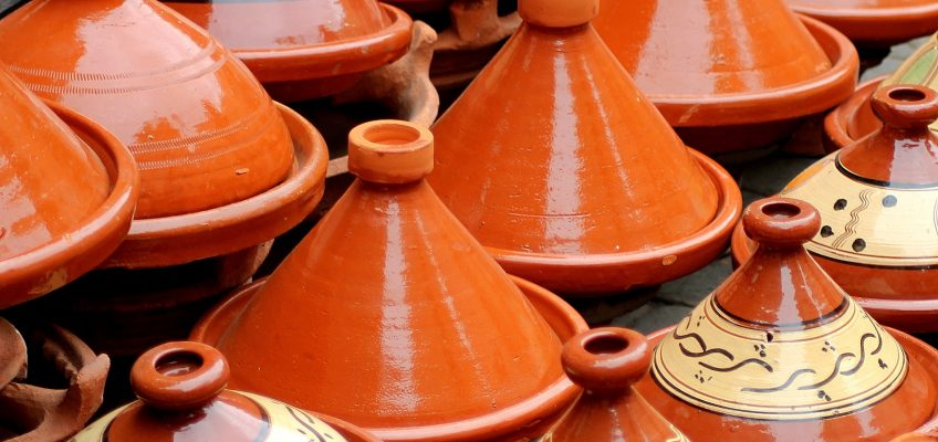Mmm it's time for some home made Moroccan food, in this traditional cooking pot, called a tajine.